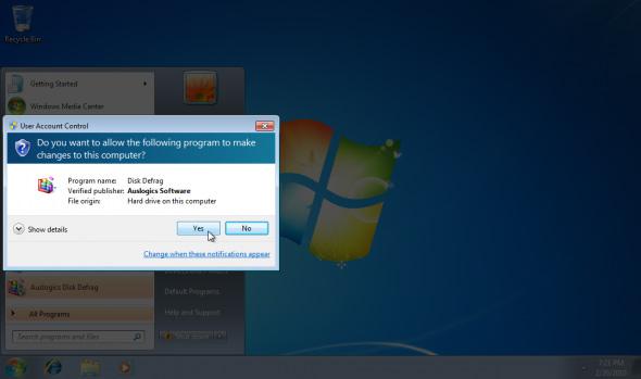 Nhấp Yes để chạy Auslogic Disk Defrag
