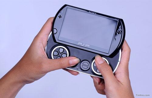 Có thể Logitech đang phát triển ổ UMD gắn ngoài cho PSP Go