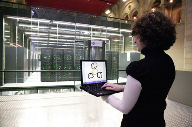 Tình báo và tấn công điện toán trở nên nóng bỏng trong năm 2011