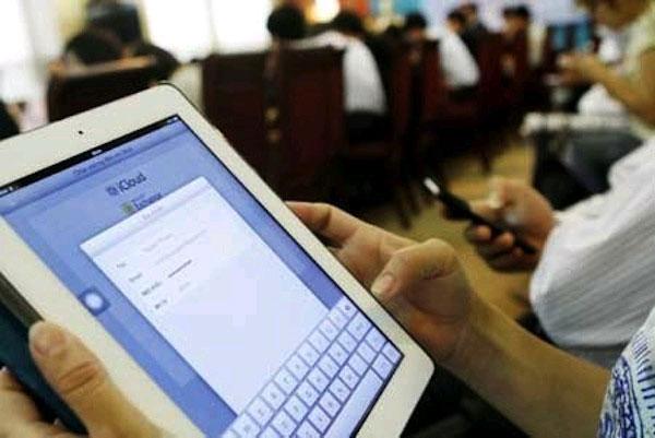 """Dân mạng sẽ lại """"kêu trời"""" vì mạng Internet chập chờn"""