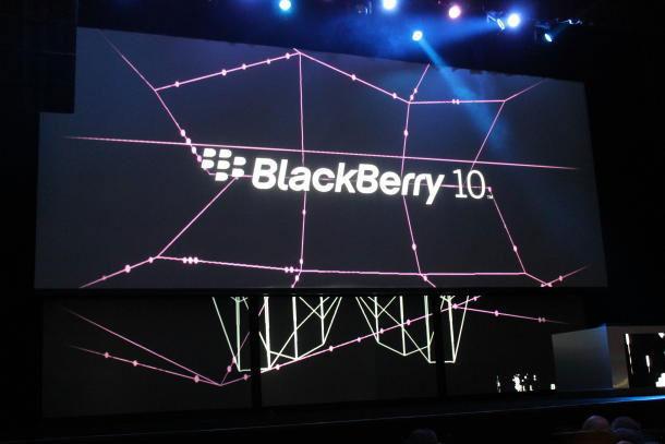 CEO Lenovo để ngỏ khả năng thâu tóm BlackBerry
