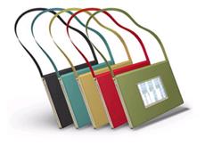 """Notebook """"siêu mẫu"""" nhất thế giới: Mỏng gần bằng... ĐTDĐ"""