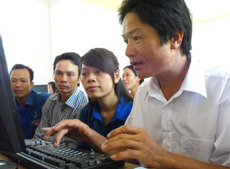 Đẩy mạnh phát triển viễn thông-CNTT về nông thôn