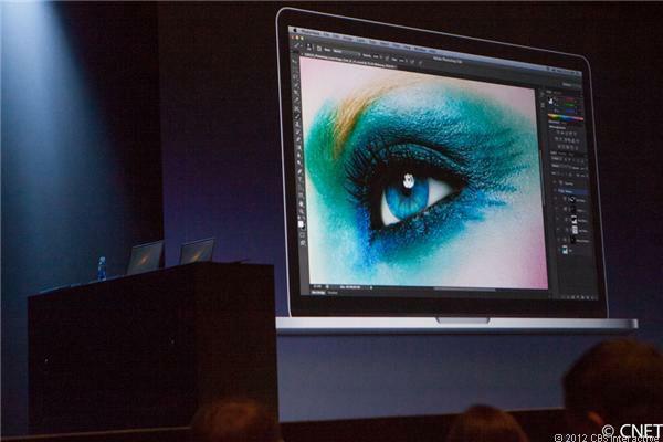 MacBook Pro 2012 dùng màn hình siêu mịn Retina