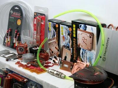 Trăm thứ đồ nghề làm mát cho máy tính với giá bán từ vài chục nghìn đến hàng triệu đồng