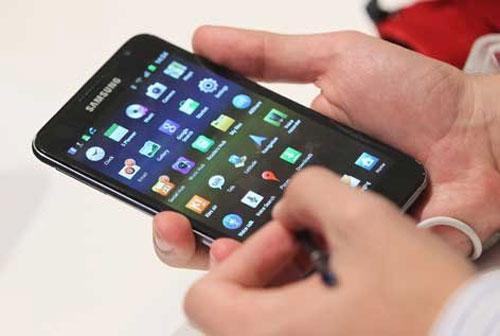 Smartphone Samsung lên ngôi ở thị trường châu Âu