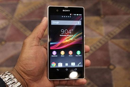 """5 smartphone đầu bảng pin """"khủng"""" nhất hiện nay"""
