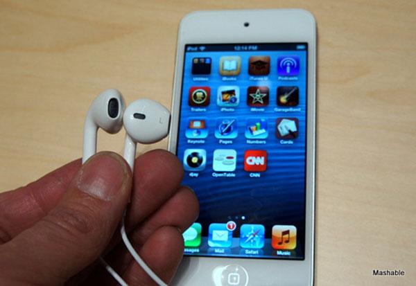 So sánh từng chi tiết của iPhone 5 với iPhone 4S