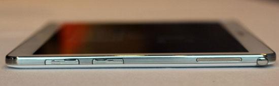 Máy tính bảng Galaxy Note 10.1 màn hình siêu nét và RAM 3 GB