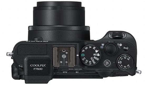 Máy ảnh Nikon Coolpix P7800, bình mới rượu cũ