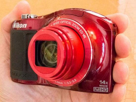 Máy ảnh Nikon Coolpix L620 gọn nhẹ, zoom xa
