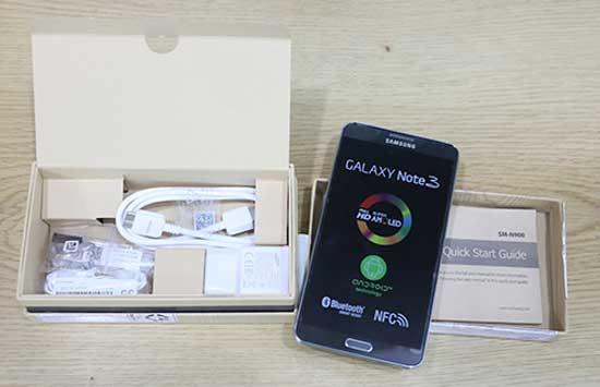 Mở hộp Samsung Galaxy Note 3 tại Việt Nam