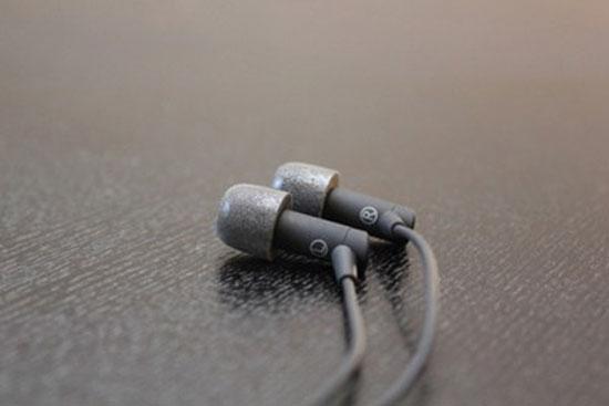 Mẹo đơn giản giúp loại bỏ tạp âm cho tai nghe in-ear