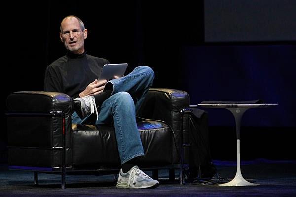 """5 điều không thể quên ở vị """"phù thủy công nghệ"""" Steve Jobs"""