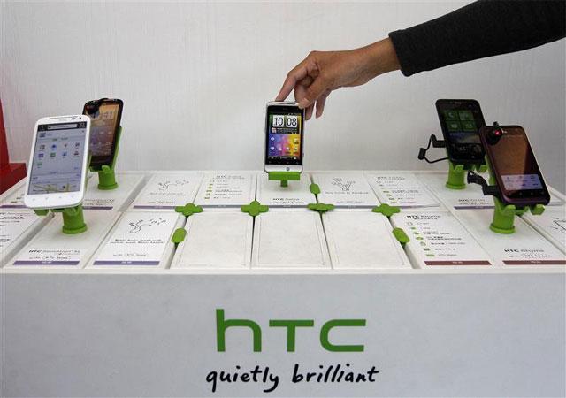 Lenovo đang đàm phán để mua lại HTC?