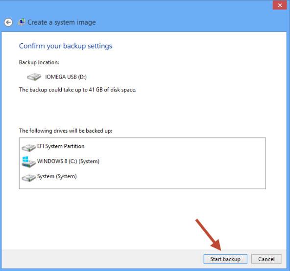 Cách tạo tập tin khôi phục hệ thống trong Windows 8