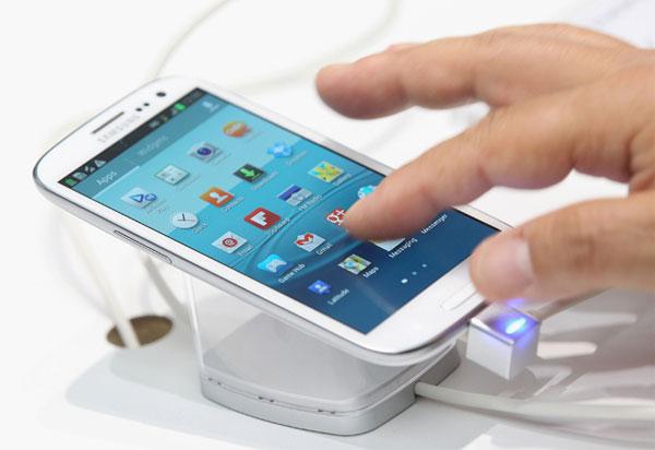Samsung sẽ thay miễn phí pin Galaxy S4 lỗi tại Đức