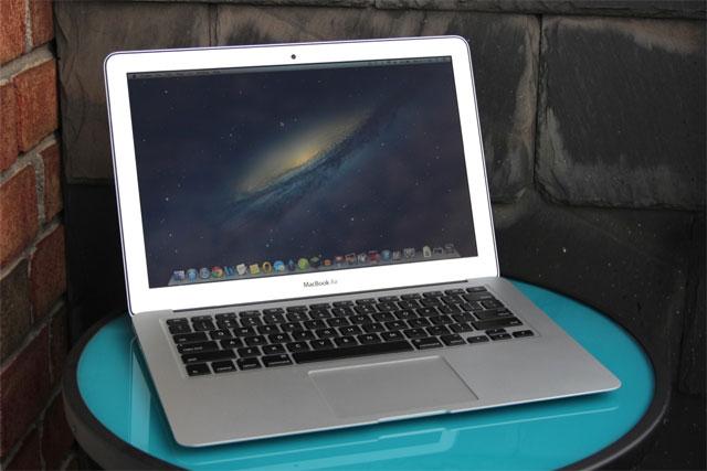 Apple sửa lỗi SSD Toshiba trên MacBook Air 2012