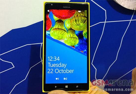 Nokia Lumia 1520 màn hình lớn giá 749 USD