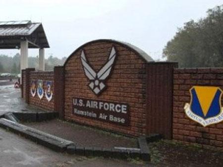 Chuyên gia IT của NATO lãnh án 7 năm tù vì trộm dữ liệu mật
