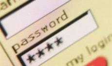 Bảo vệ mật khẩu khi sử dụng máy tính công cộng