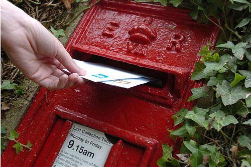 Anh: Ứng dụng di động cho phép gửi thư giấy từ iPhone