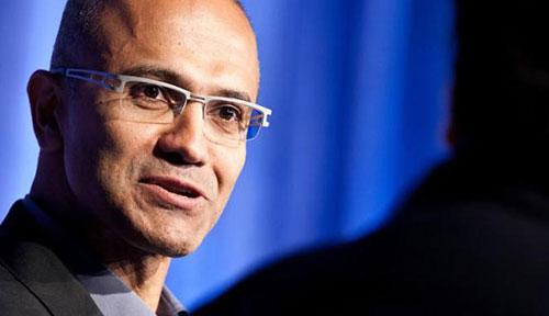 Microsoft sẽ vươn xa hơn ở mảng thiết bị và dịch vụ