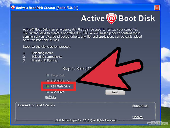 Cắm USB hoặc cài đĩa CD/DVD để tạo ổ đĩa khôi phục