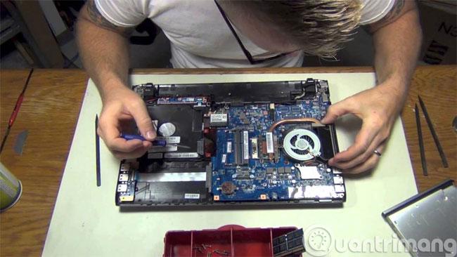 Vệ sinh cho laptop