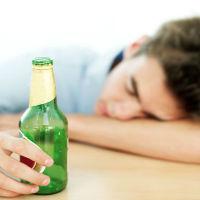 Bí quyết uống rượu không bị say trong những buổi nhậu