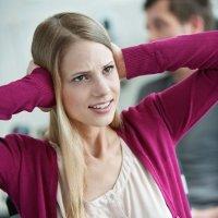 4 dấu hiệu chứng tỏ bạn đang nói quá nhiều tại nơi làm việc