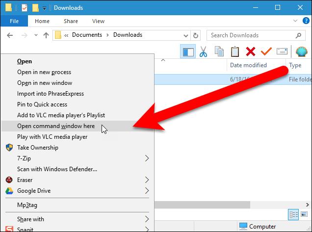 Làm thế nào để mở một file hoặc một ứng dụng trên Desktop ảo Windows 10?