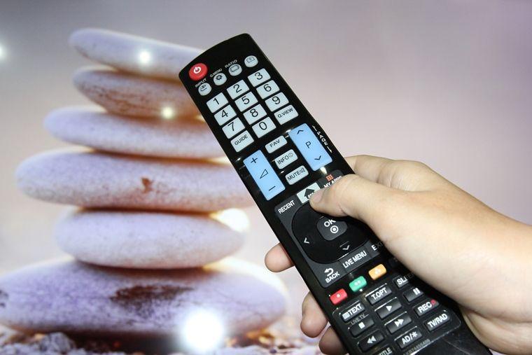 chia sẻ video YouTube từ điện thoại lên tivi