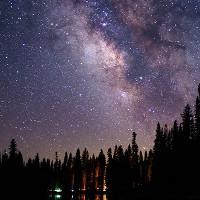 Đây mới là vẻ đẹp thật sự của bầu trời đêm ngàn sao huyền ảo
