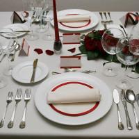 20 quy tắc vàng trên bàn ăn mà ai cũng phải biết