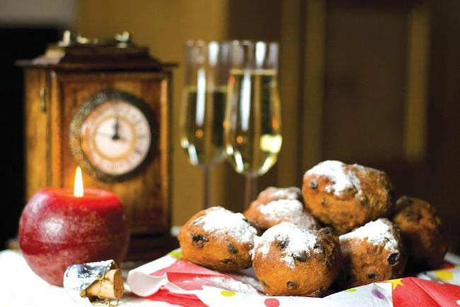 Ba Lan, Hungary và Hà Lan thường ăn bánh donut