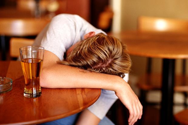 Tác hại của việc uống nhiều rượu bia