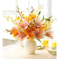 Các mẫu cắm hoa độc đáo để bàn ngày Tết phát tài, phát lộc