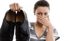 13 Mẹo hay giúp bạn khử mùi hôi giày hiệu quả