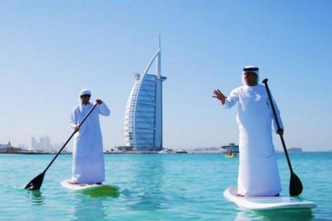 Lướt sóng phong cách Dubai