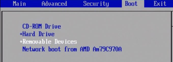 Thiết lập boot từ USB trên BIOS
