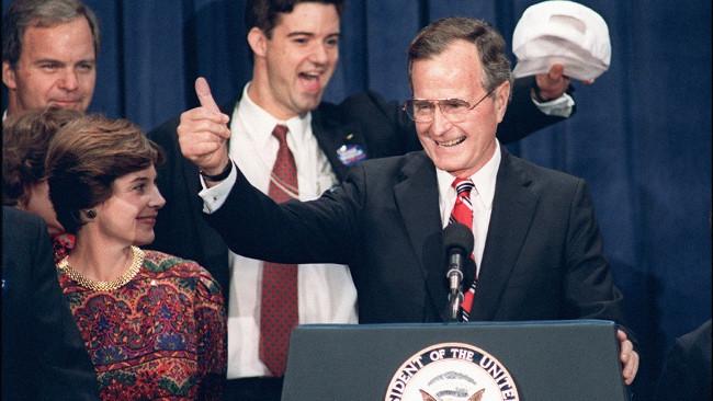 Geogre H.W. Bush đắc cử Tổng thống Mỹ năm 1988