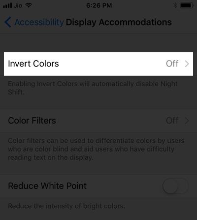 Nhấn chọn Invert Colors