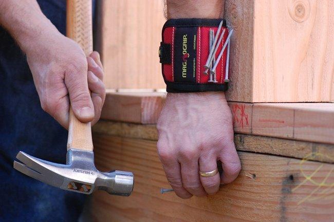 Vòng đeo tay nam châm - Magnetic wristband
