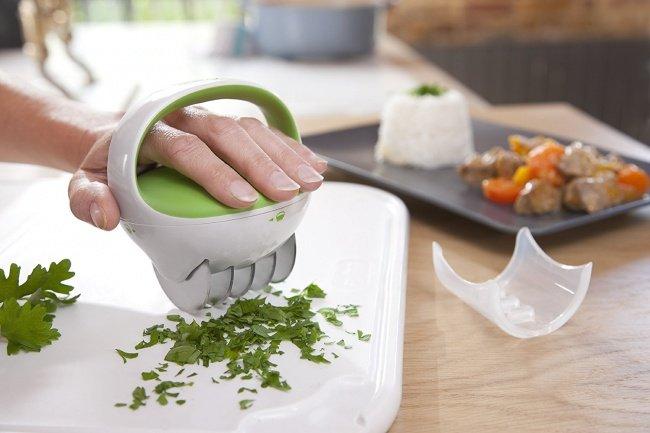 Dụng cụ cắt rau thơm - Gliding herb cutter