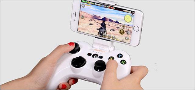 Sử dụng với gamepad để điều khiển dễ dàng