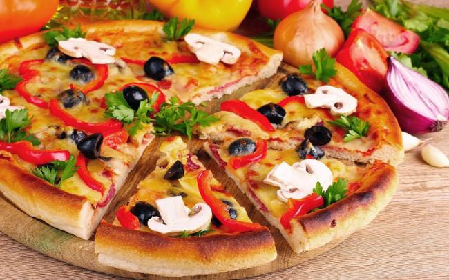 1 miếng piza tương đương với 30 phút chạy bộ