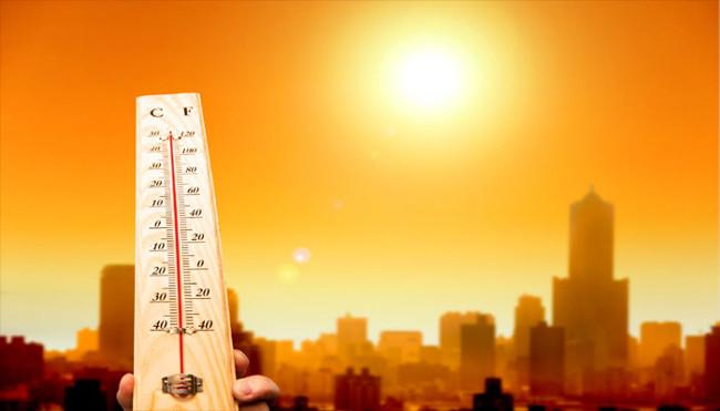 Trời nóng quá có thể làm cho bạn buồn rầu và không muốn giúp đỡ người khác