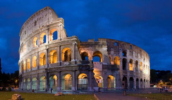 Ý nổi tiếng với thành Roma cũng các món mì và bánh
