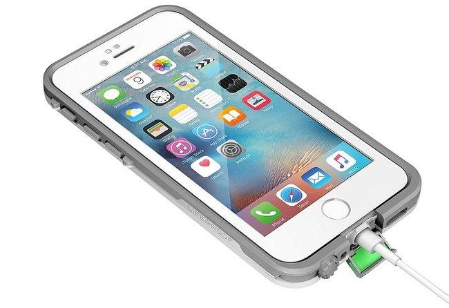 Case giúp điện thoại không thấm nước